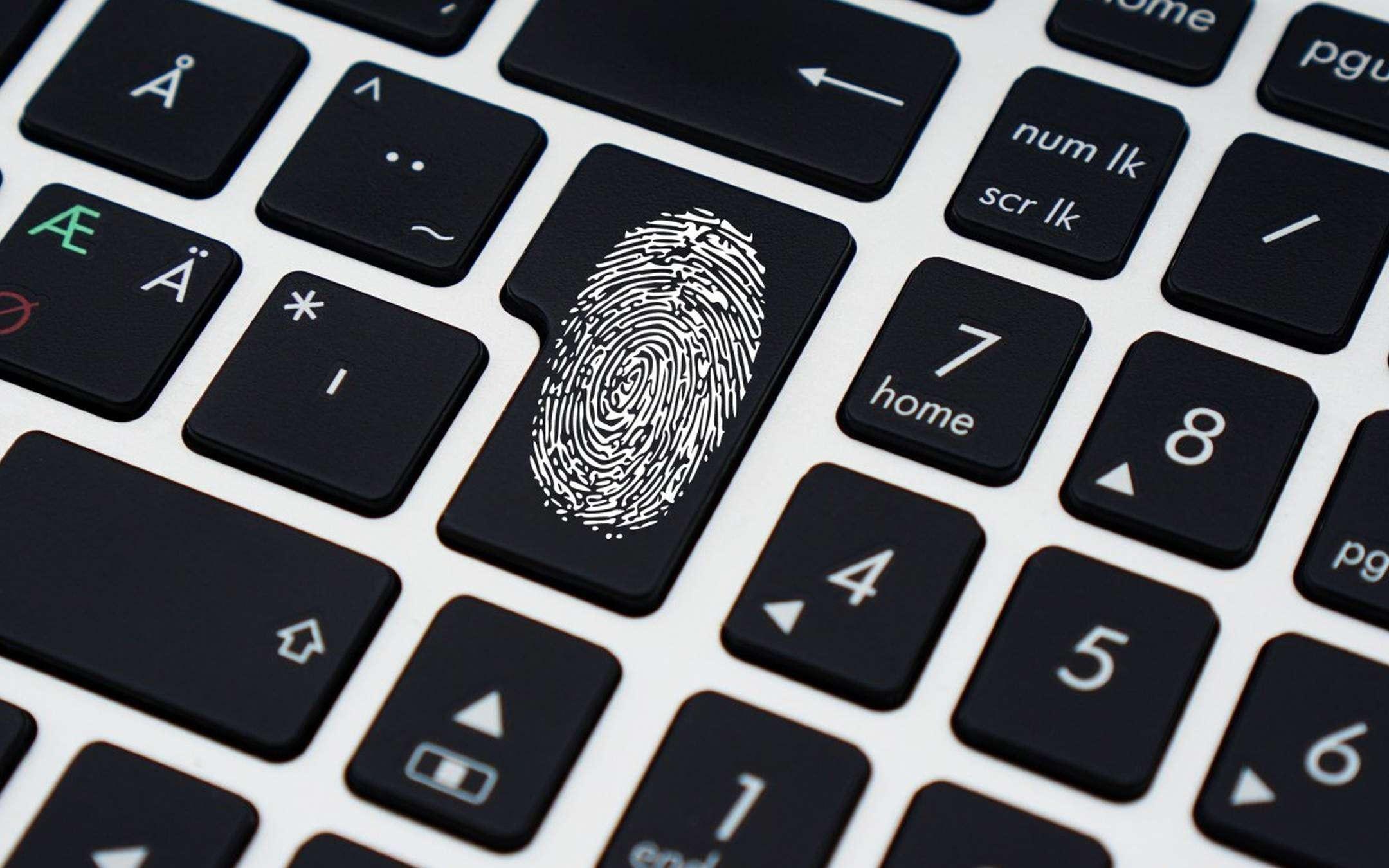 WhatsApp, biometric authentication on desktop