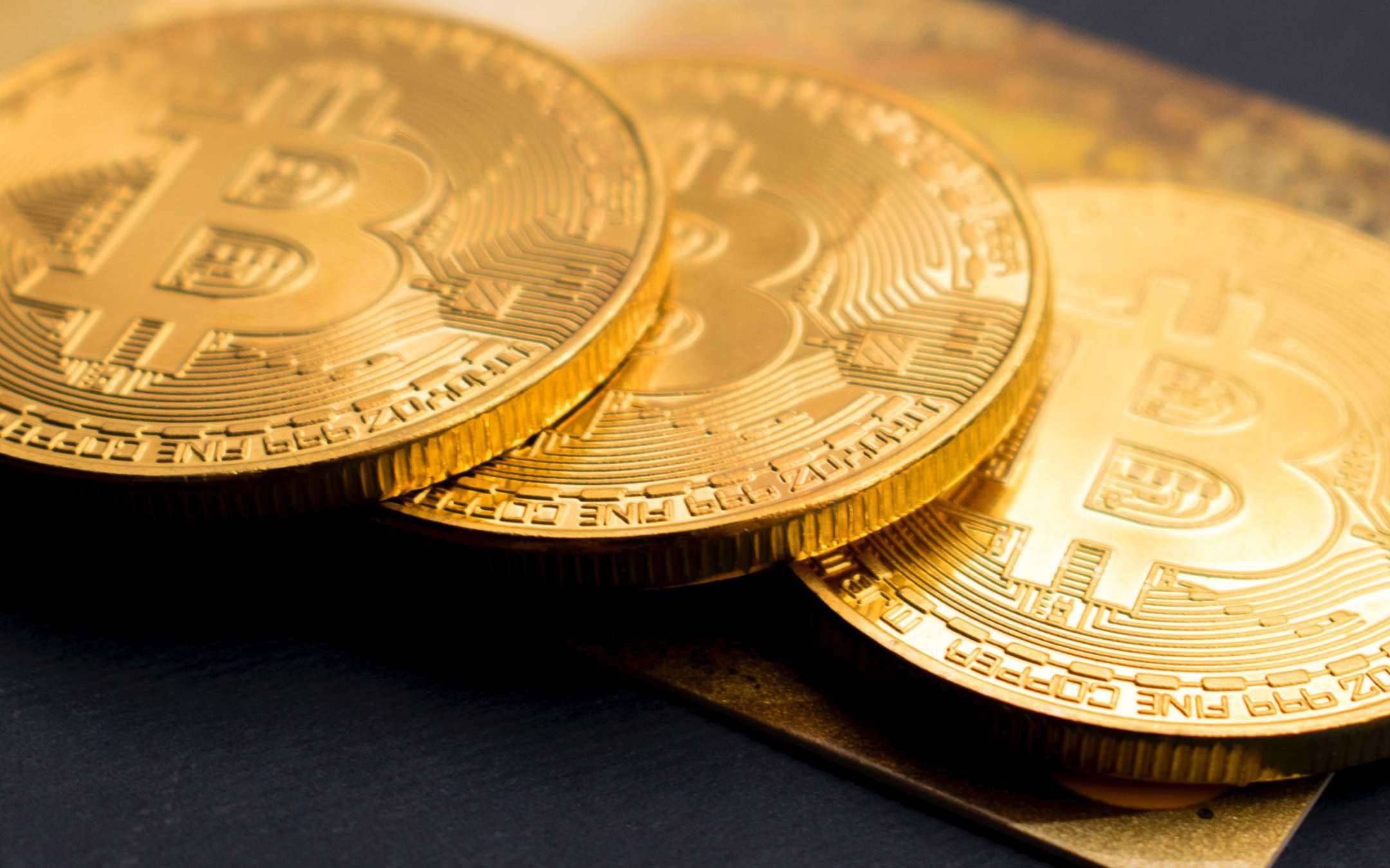 Bitcoins exceed the trillion dollars