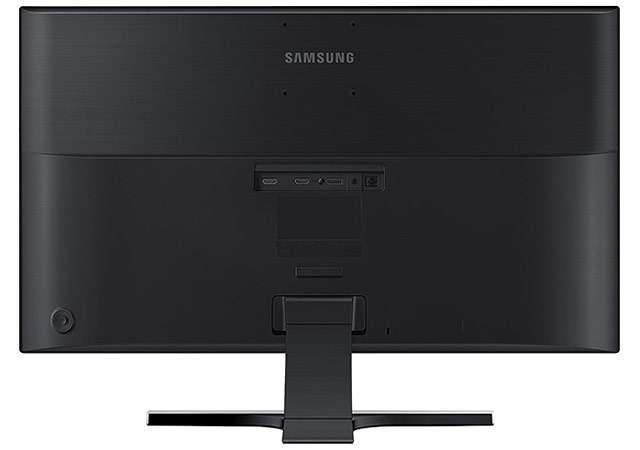 Il monitor Samsung U28E570D con pannello 4K