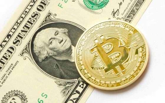 Tesla investe 1,5 miliardi di dollari in Bitcoin