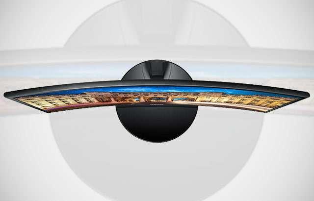 Il monitor curvo da 24 pollici di Samsung (modello LC24F390FHUXEN)