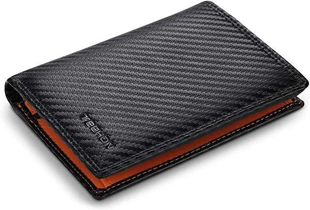 Il portafoglio da uomo con blocco RFID