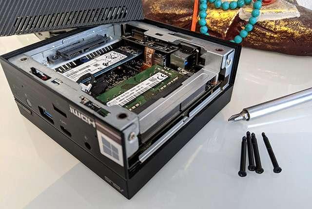 Il Mini PC di ASUS (modello PN62) e le possibilità di upgrade hardware