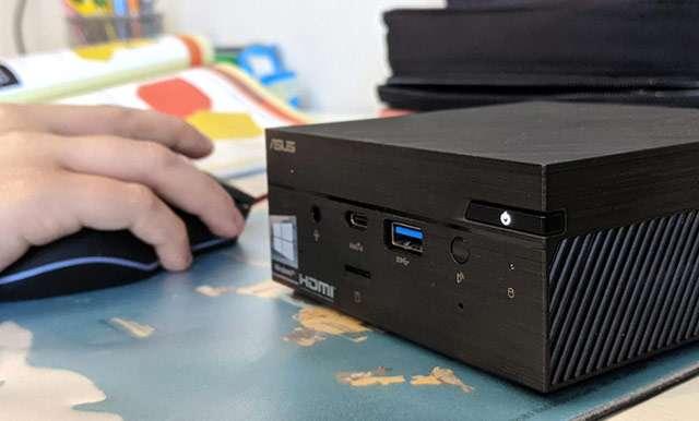 ASUS PN62, Mini PC con processore Intel Core i5-10210U