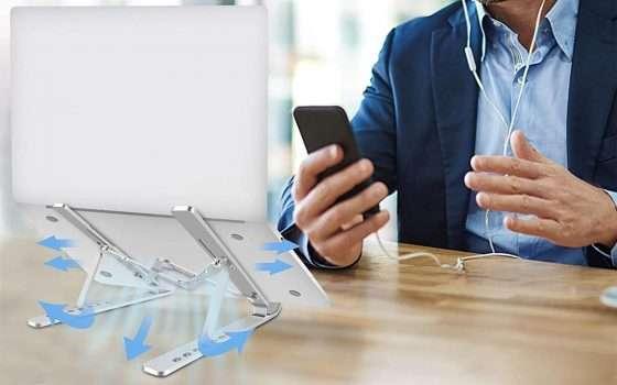 Un supporto laptop in alluminio a meno di 12 euro