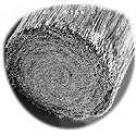 Sezione ingrandita al microscopio di un cavo in fibra di carbonio