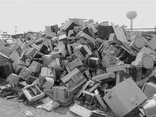 Montagne di rifiuti hi-tech