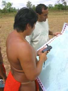 Mappa e GPS alla mano