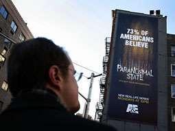 L'installazione newyorkese che pubblicizza Paranormal State