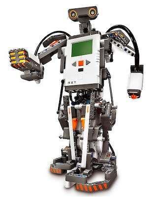 Un esempio di robot costruito con LEGO Mindstorm NXT