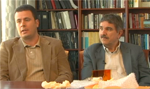 Savas Tay (sinistra) e Nasser Peyghambarian (destra)