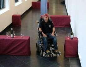 Cervello e IA, fusione in vista - sedia a rotelle