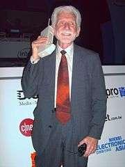 Il padre del telefonino intravede l'umanità aumentata - Martin Cooper