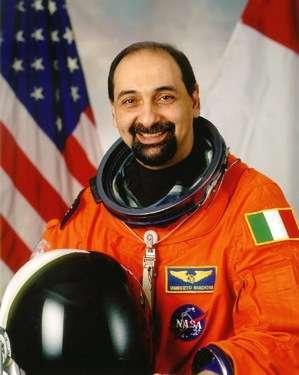 L'on. Umberto Guidoni