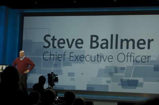 Steve Ballmer sul palco al CES 2010