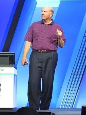 Steve Ballmer sul palco di Build
