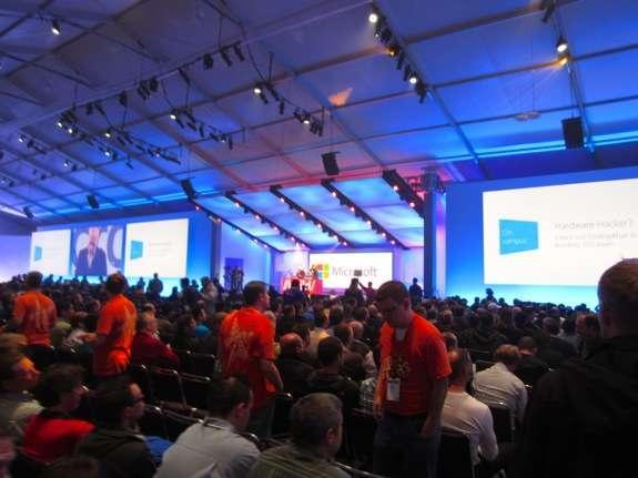 Steve Ballmer sul palco di Build 2012