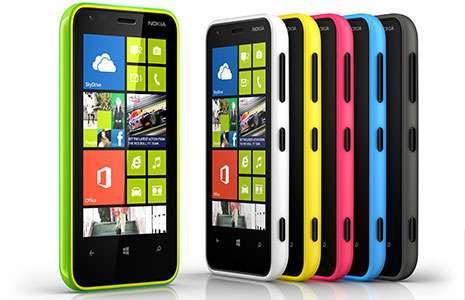 Le scocche colorate del Nokia Lumia 620