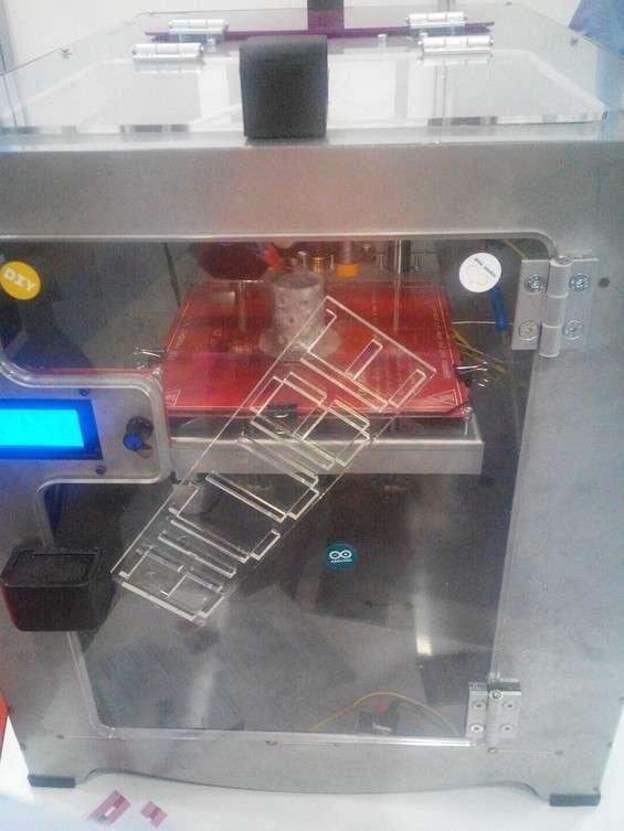 BiCube, stampante a doppia tecnologia